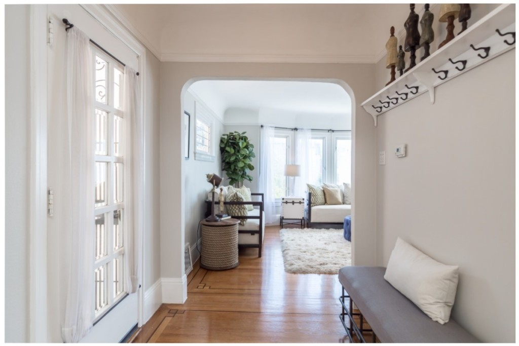 simple home improvements bright entryway