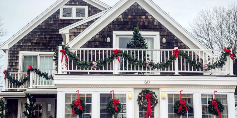 Top 7 Agent Tips for Selling Your Home During the Holidays
