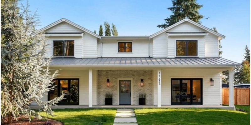 Above, Below, or At List Price? How Much to Offer on a House